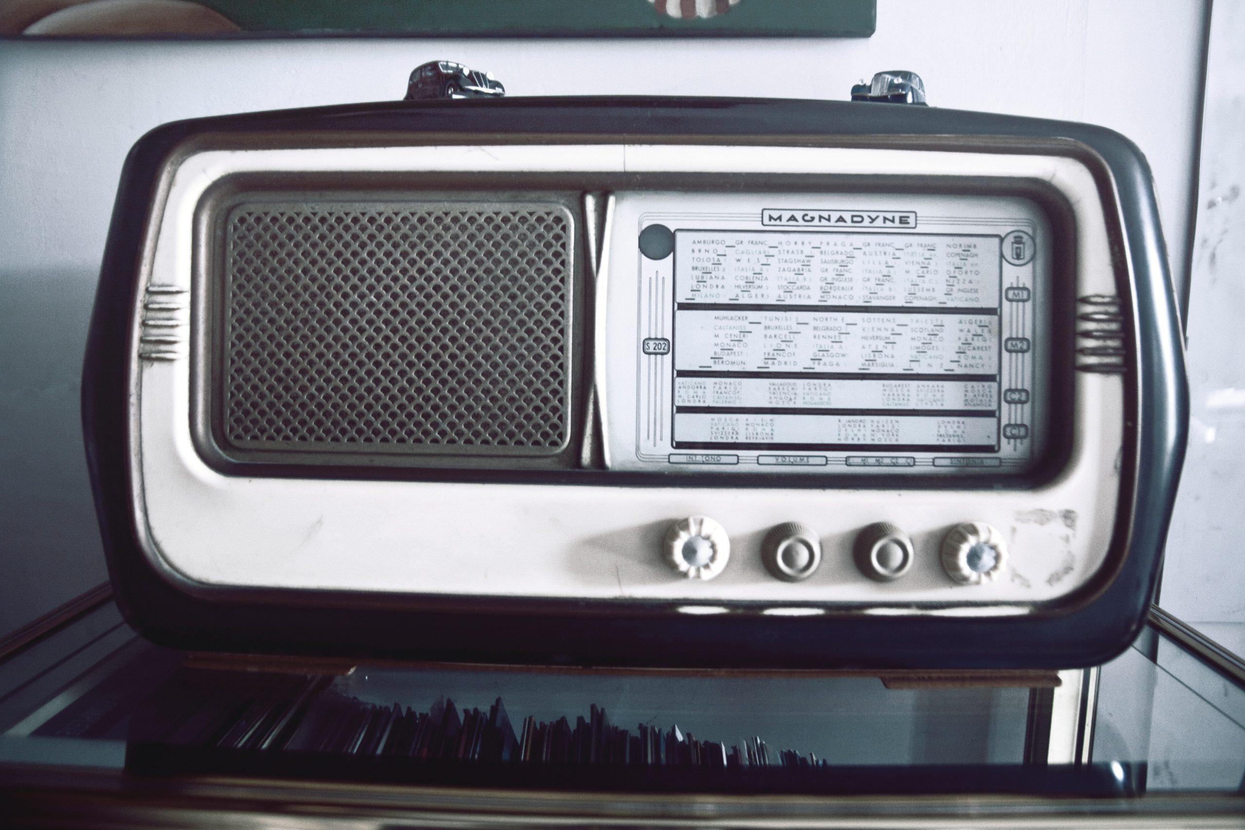 Pubquiz - Mannetje van de radio